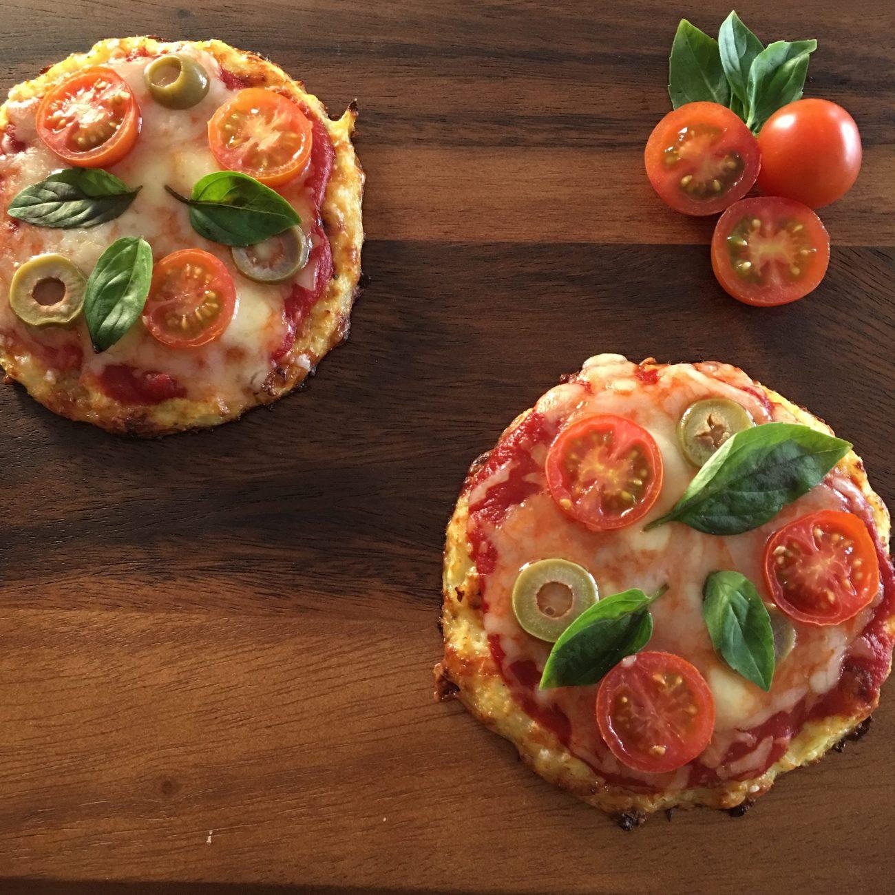 Pizzetas con masa de coliflor